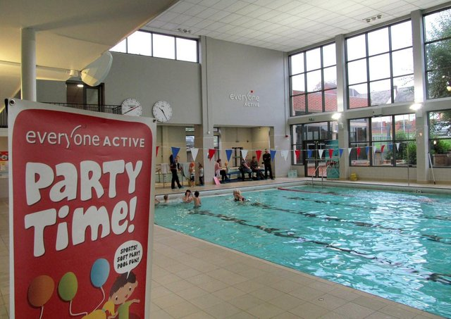 The swimming pool at Waterfield Leisure Centre EMN-210804-173342001