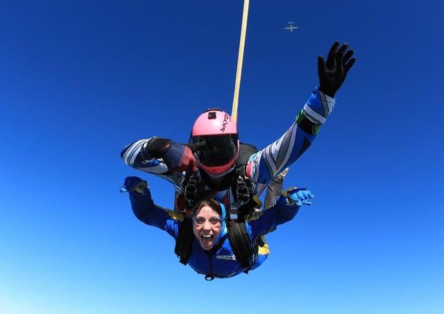 A spectacular tandem skydive jump at Langar AirfieldPHOTO Gary Wainwright EMN-210430-100155001