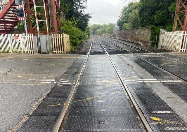 The level crossing at Oakham, which will be closed for three days in June to allow essential resurfacing work to take place safely EMN-210524-151347001