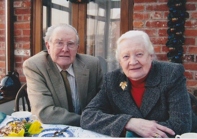 The late Cyril Bowes pictured with wife, Jean EMN-210206-130227001