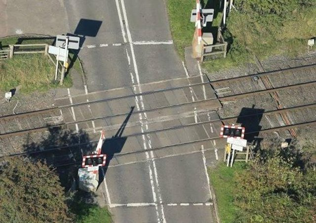 The level crossing at East Goscote, where work is to take place to upgrade it next week EMN-211106-091738001