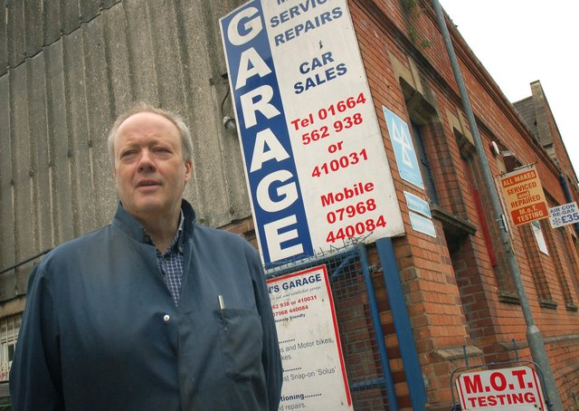 Ian Williamson at Wilson's Garage in Melton, shortly before it closed in July 2017 EMN-210715-131313001